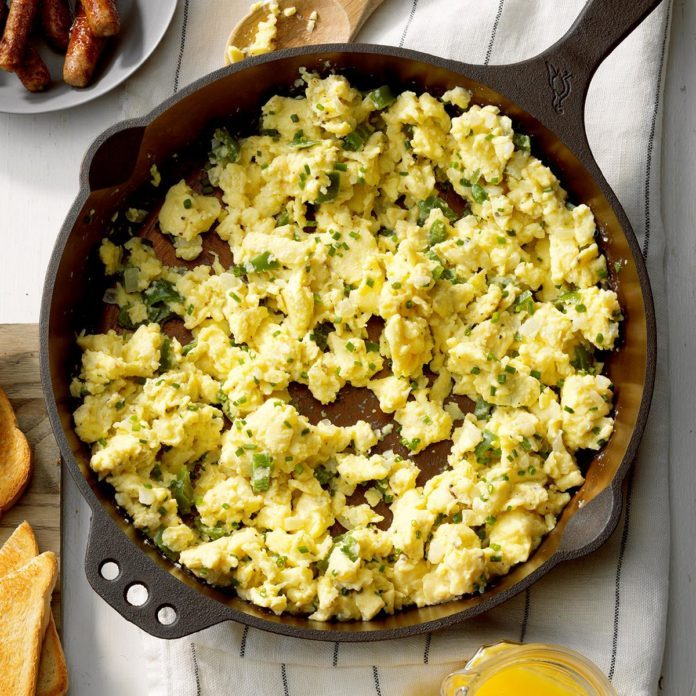 Cast Iron Scrambled Eggs
