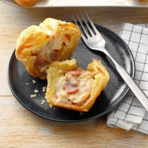 Chicken Cordon Bleu Puffs
