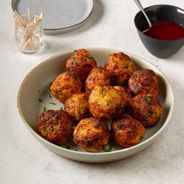 Game-Day Thai Chicken Meatballs