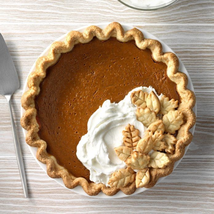 Gingerbread-Spiced Pumpkin Pie
