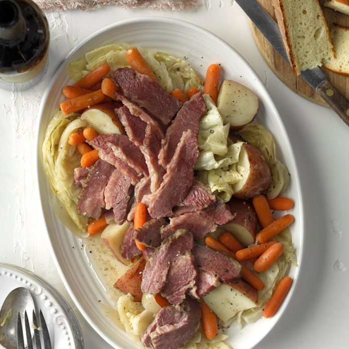 Pressure Cooker Easy Corned Beef and Cabbage