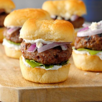 75 Housewarming Party Food Ideas You'll Definitely Want to Serve