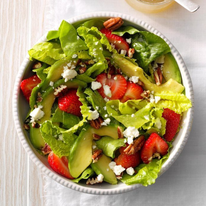 Strawberry-Avocado Tossed Salad