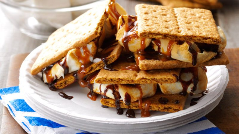 S'mores Easy Campfire Cooking