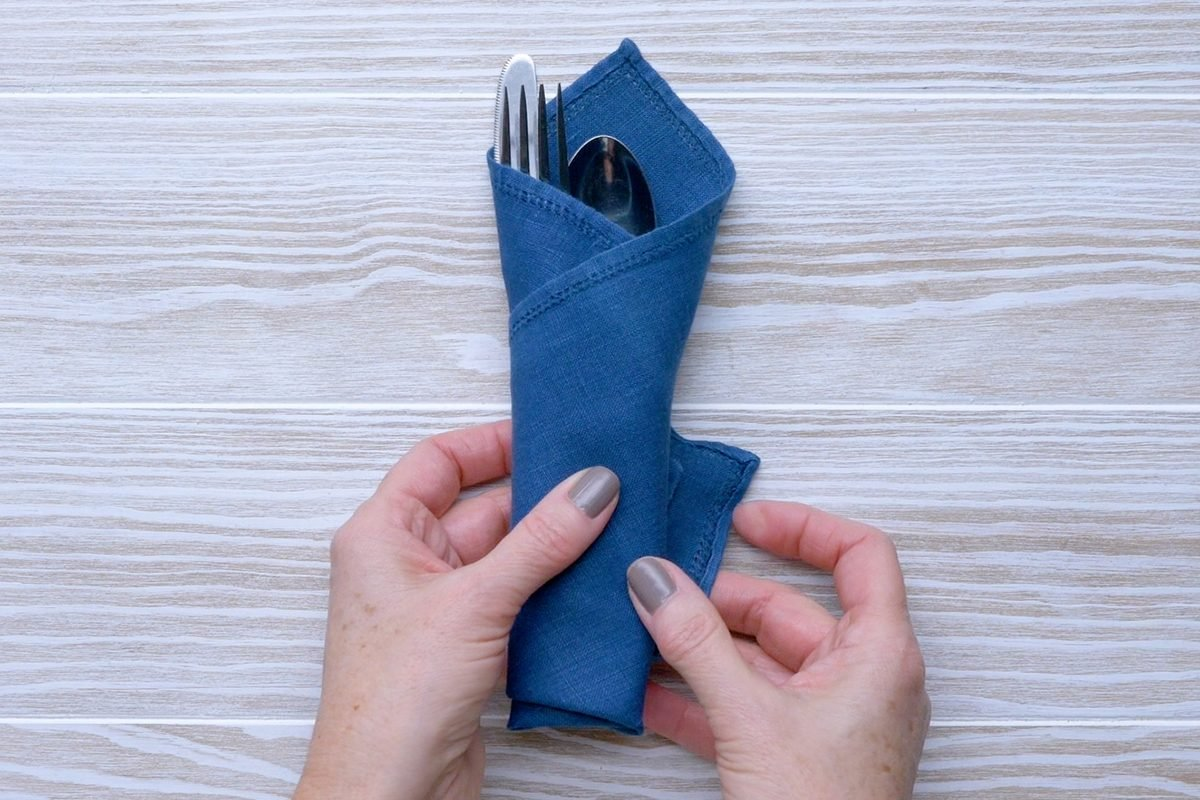 How To Fold A Napkin 8 Easy Ways For Your Next Dinner Party