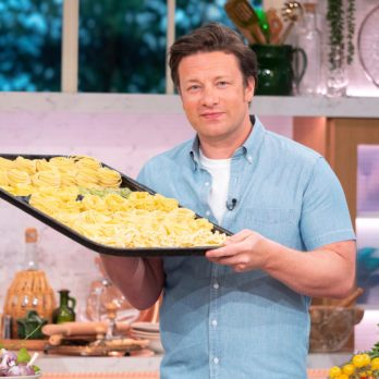This is How Jamie Oliver Cooks at Home