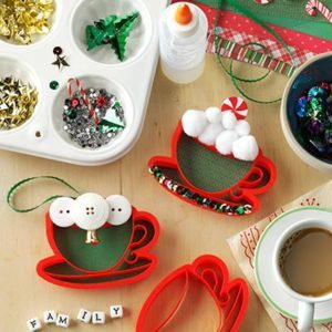 Family Holiday Tradition: Craft an Annual Family Ornament