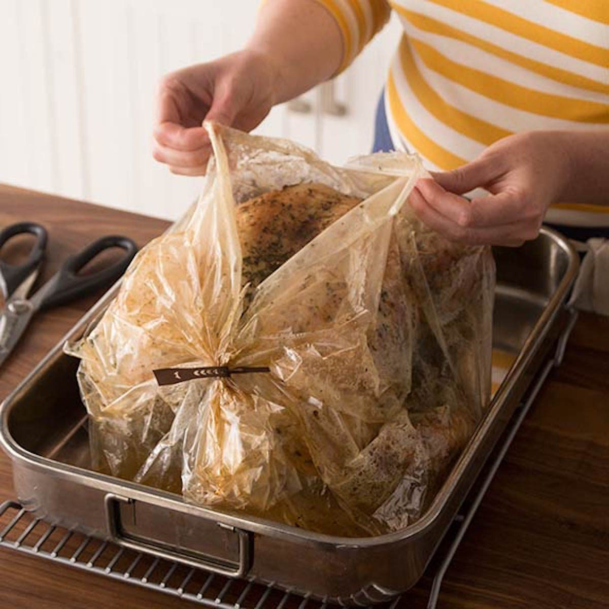 How long to cook turkey crown in oven bag