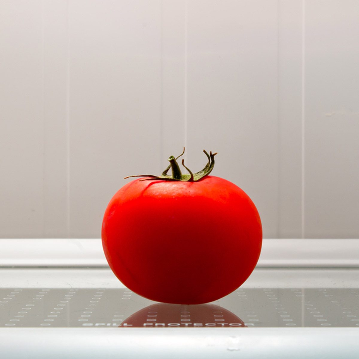 tomato in the fridge; Shutterstock ID 424376923; Job (TFH, TOH, RD, BNB, CWM, CM): Taste of Home