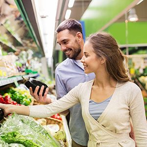 Research Shows That Men and Women Grocery Shop Differently. Do You Agree?