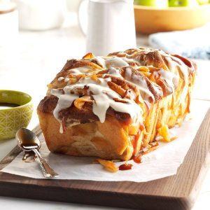 apple; dumpling; bread; icing; pull apart;