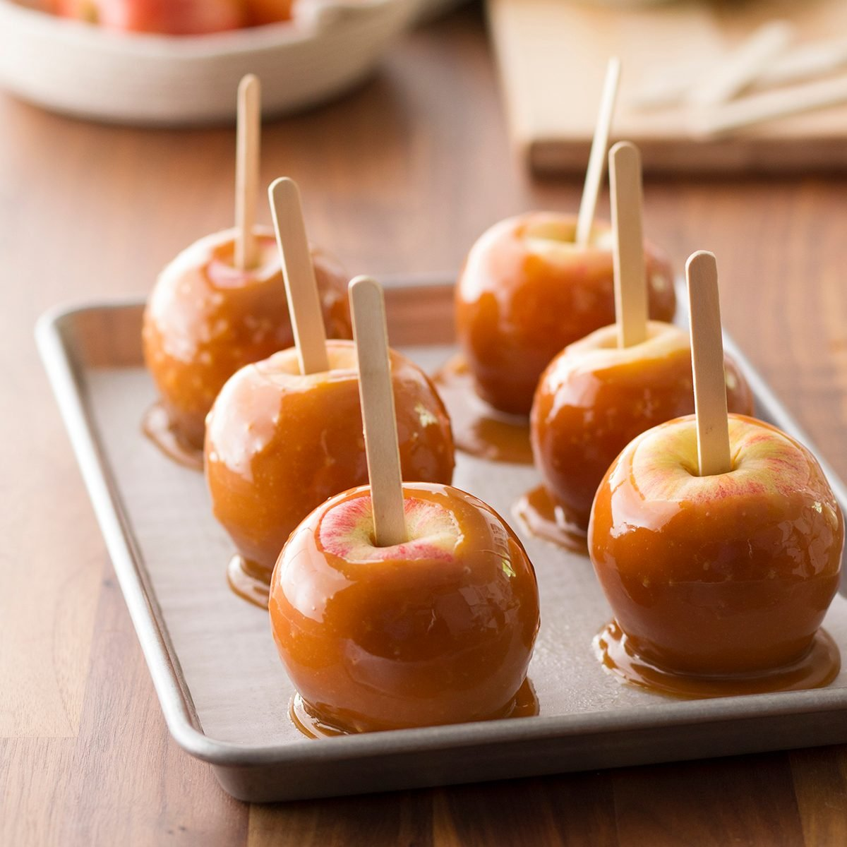 How to Make Caramel Apples the Easy Way