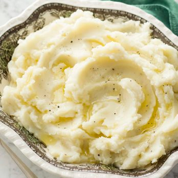 How to Make Mashed Potatoes Just Like Mom's