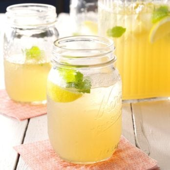How to Make Lemonade That's Just Like Grandma's