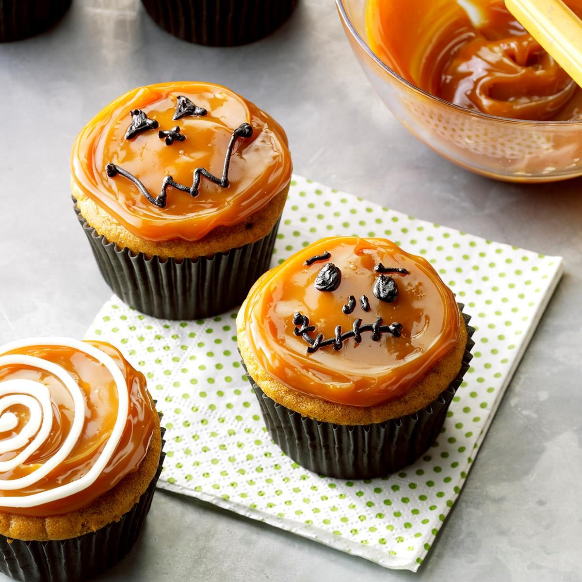 22 Recipes for Halloween Cupcakes