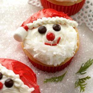 20 Festive Holiday Cupcake Recipes To Put You In The