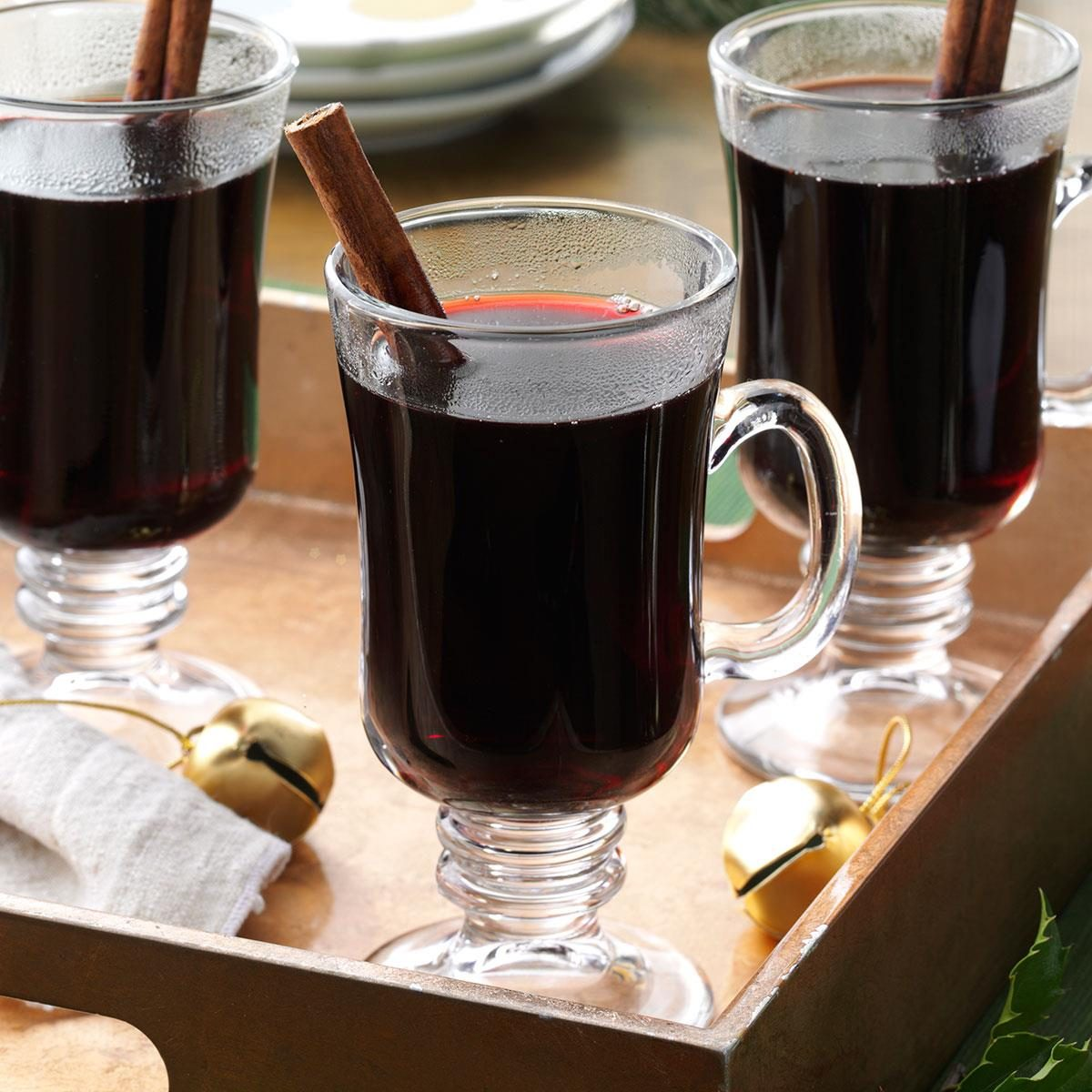 Spiced mull wine