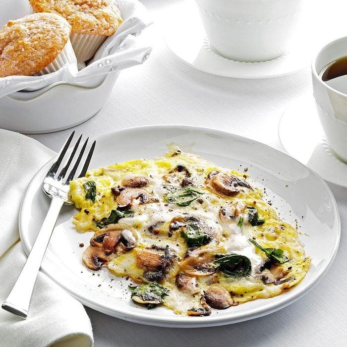 Spinach-mushroom scramble
