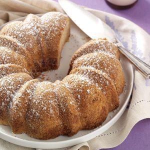 Sugarplum Cake
