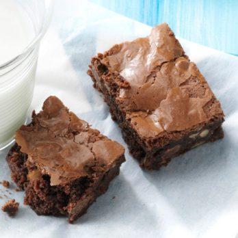7 Secret Tricks to Make Brownie Mix Taste Homemade