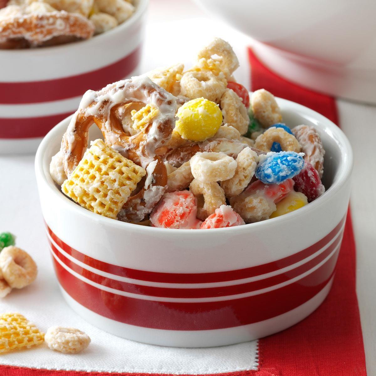 36 Christmas Snacks To Keep You Feeling Merry
