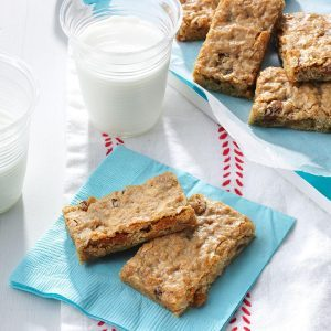 Cinnamon-Raisin Granola Bars