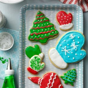 Holiday Cutout Cookies 122340