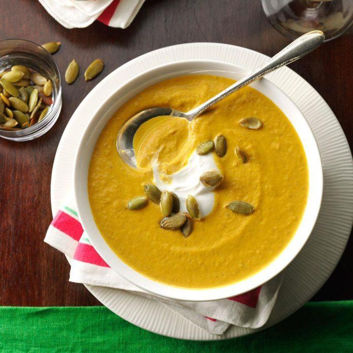 30 Tasty Thanksgiving Soups