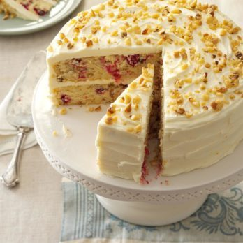 35 Decadent Thanksgiving Cake Recipes