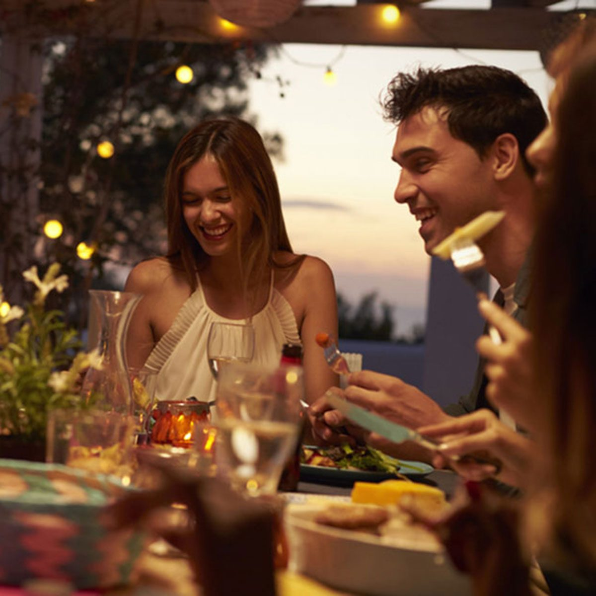 Easy Tips for Effortless, Stylish, Guests-Don't-Wanna-Leave Patio Entertaining