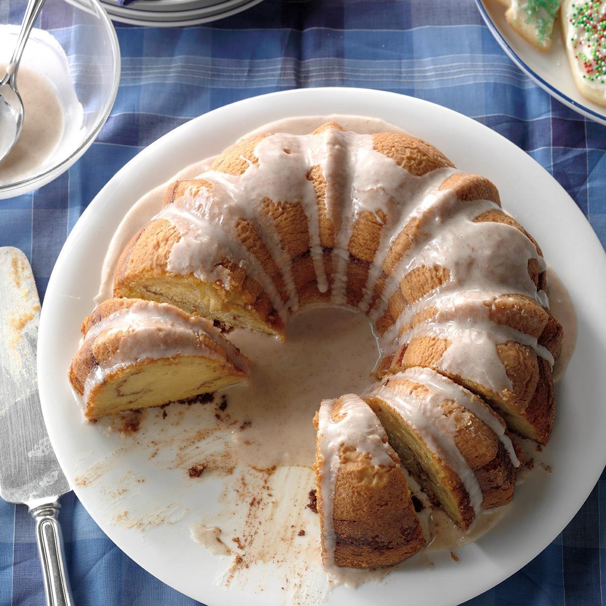 36 Heirloom Fall Bundt Cake Recipes