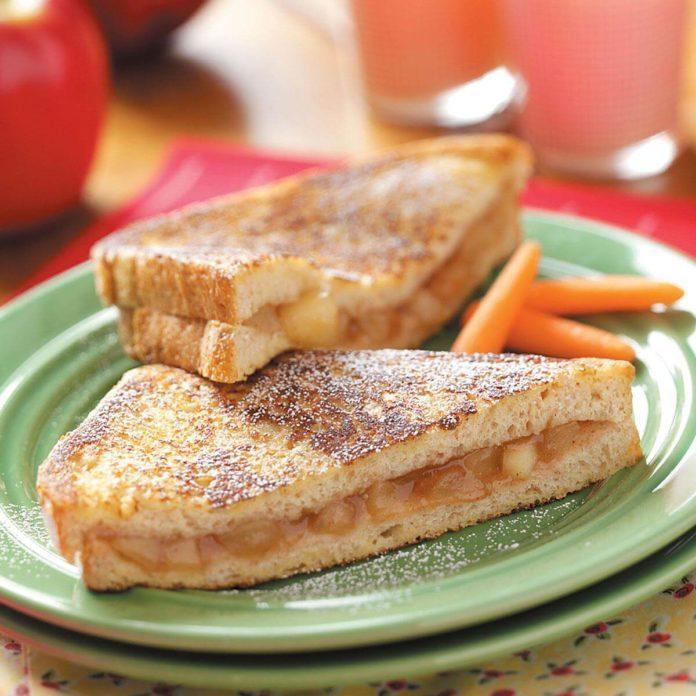 Apple Pie Sandwiches