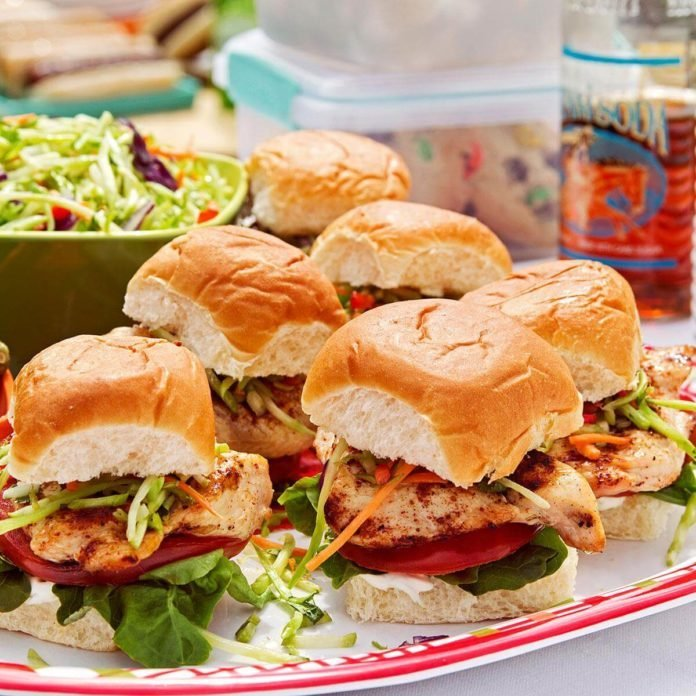 Baja Chicken & Slaw Sliders