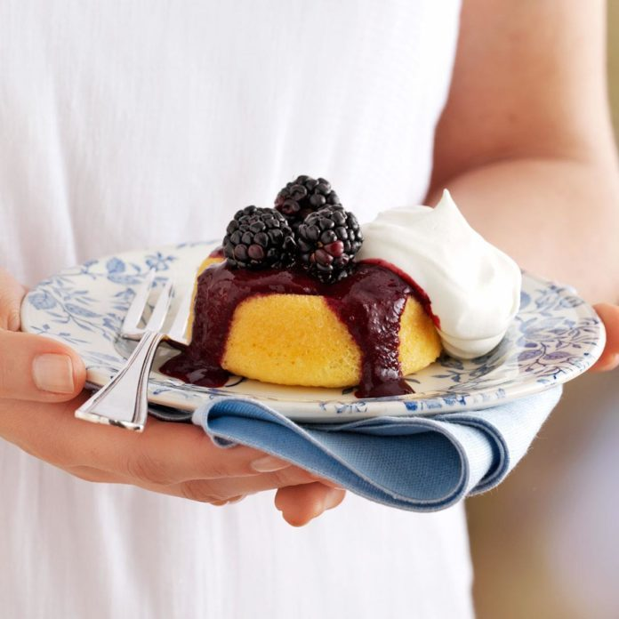 Blackberry-Topped Sponge Cakes