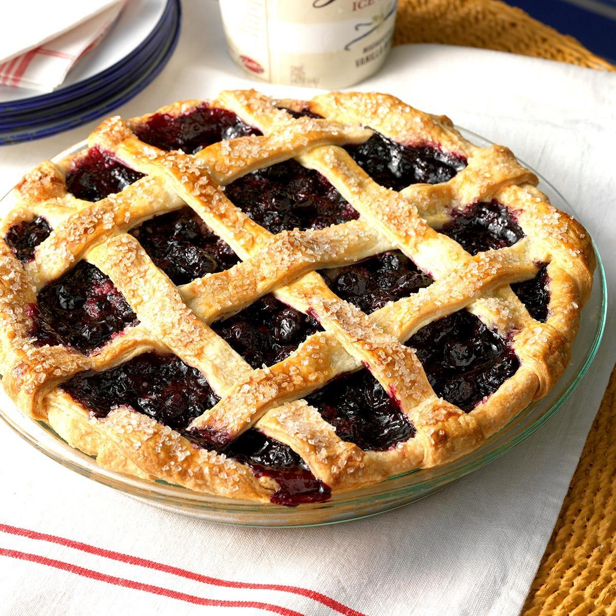 Taste of Home - Hand-Held Apple Pies | Facebook