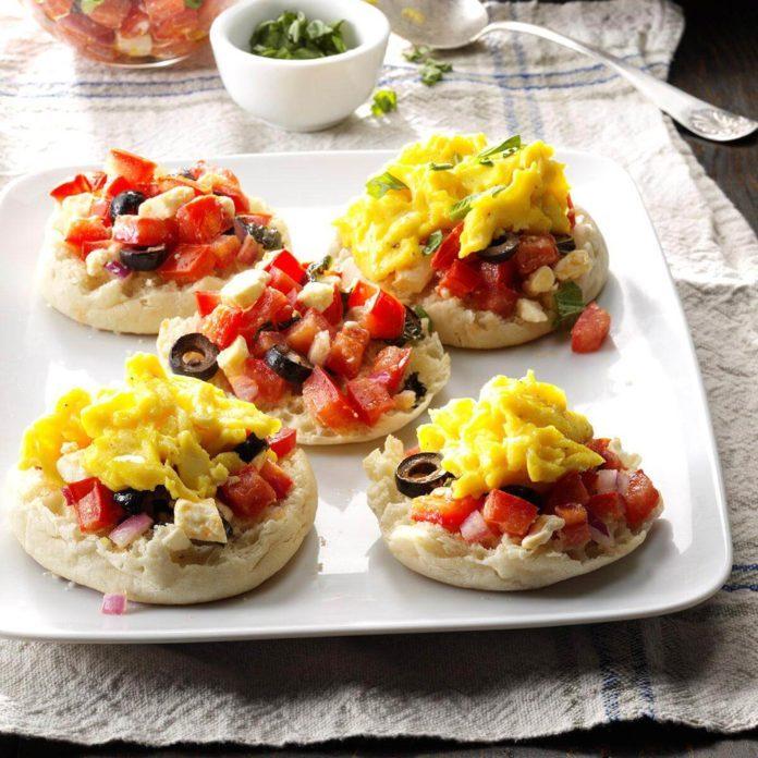 Day 6 Breakfast: Breakfast Bruschetta