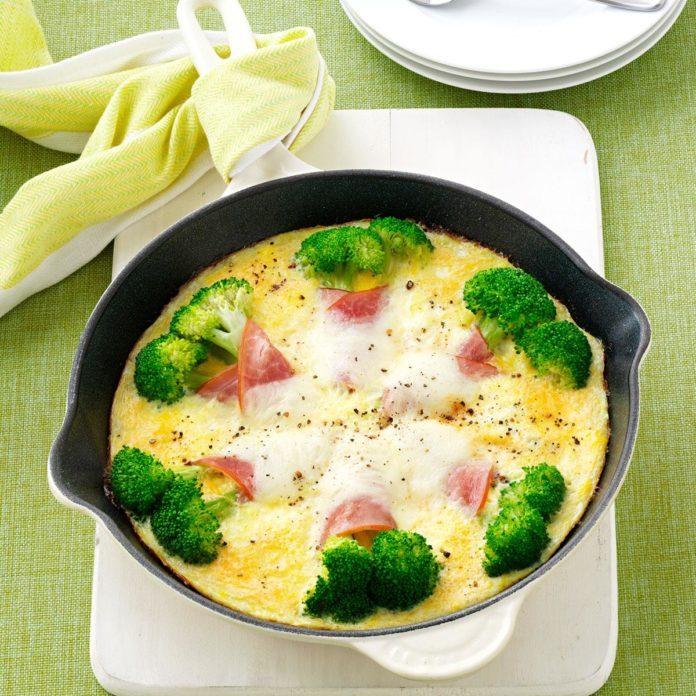 Broccoli Brunch Skillet