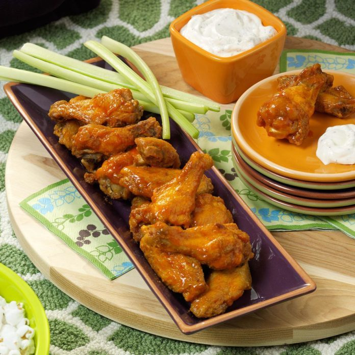 Editors' Pick: Buffalo Wings