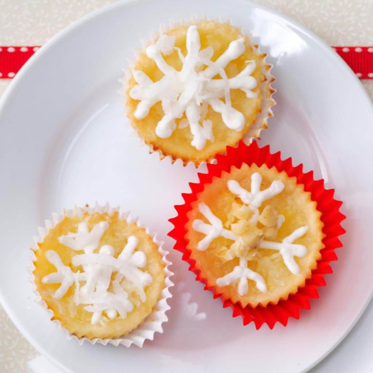 Calypso Cups Recipe | Taste of Home on publix cookies, international christmas cookies, bouncy house cookies, african christmas cookies, wedding dress cookies, scandinavian christmas cookies, big wheel cookies, nursery rhyme cookies, jack o'lantern cookies,