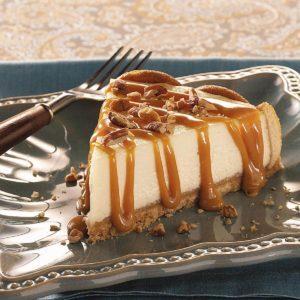 Caramel Praline-Topped Cheesecake