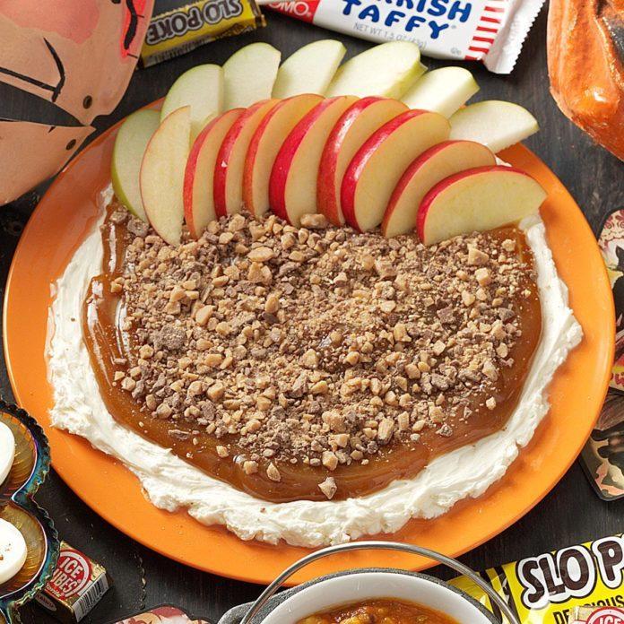 Caramel-Toffee Apple Dip