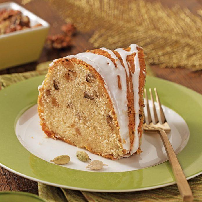 Cardamom-Walnut Pound Cake