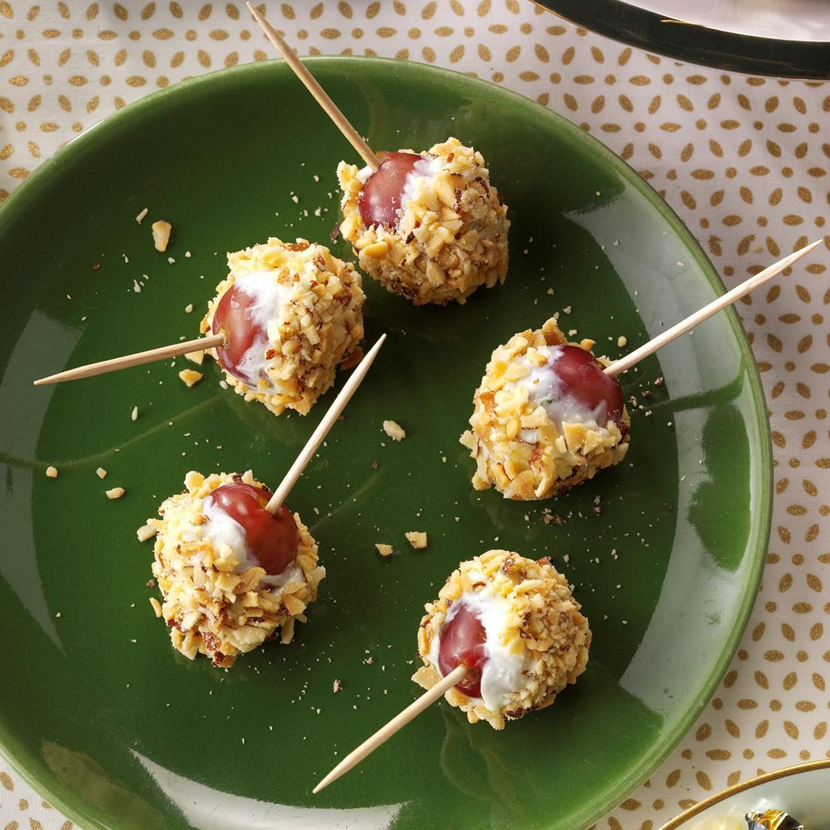 Cheese/Grape Appetizers Recipe