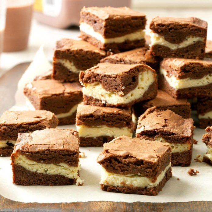 Chewy Cream Cheese Brownies