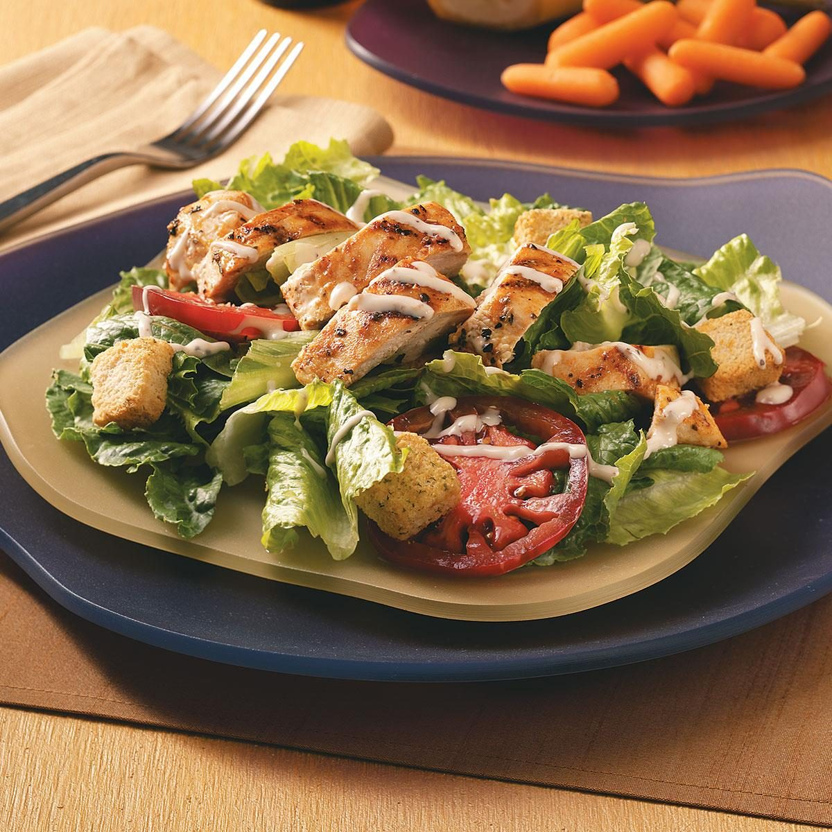 Caesar salad with chicken at home, a simple classic recipe with crackers 7