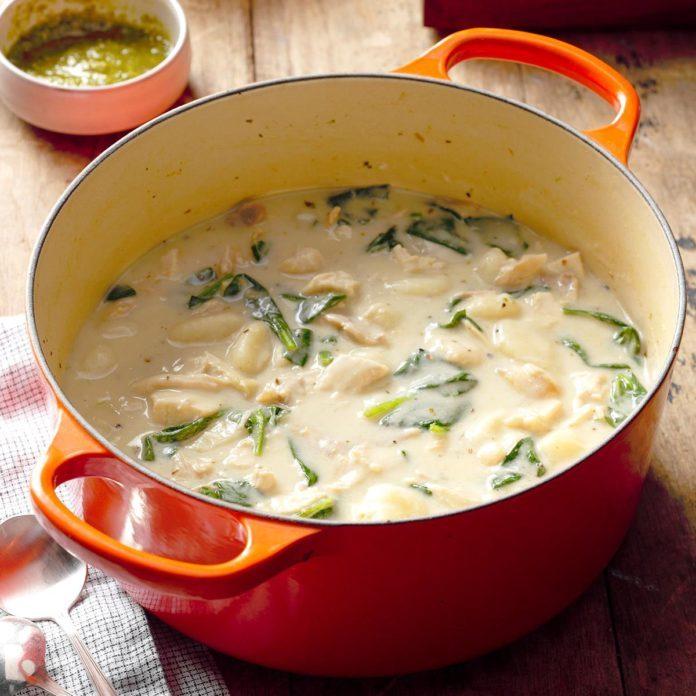 Iowa: Chicken Gnocchi Pesto Soup