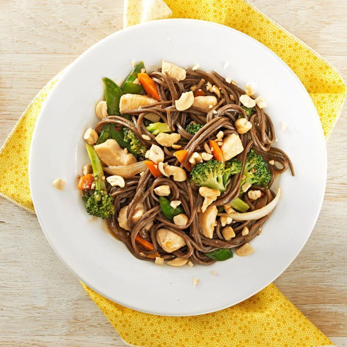 Chicken Soba Noodle Toss