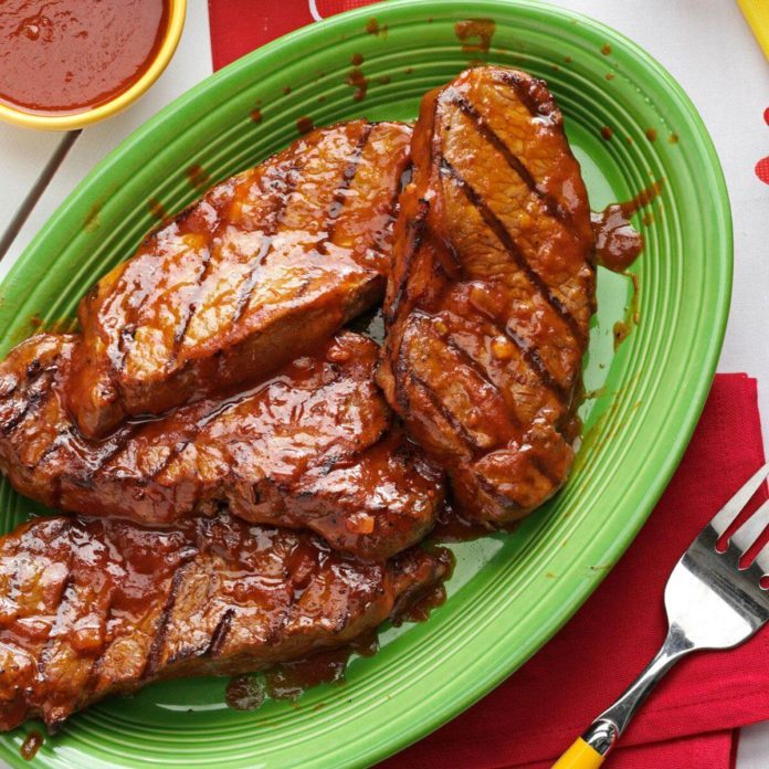 Chili-Beer Glazed Steaks