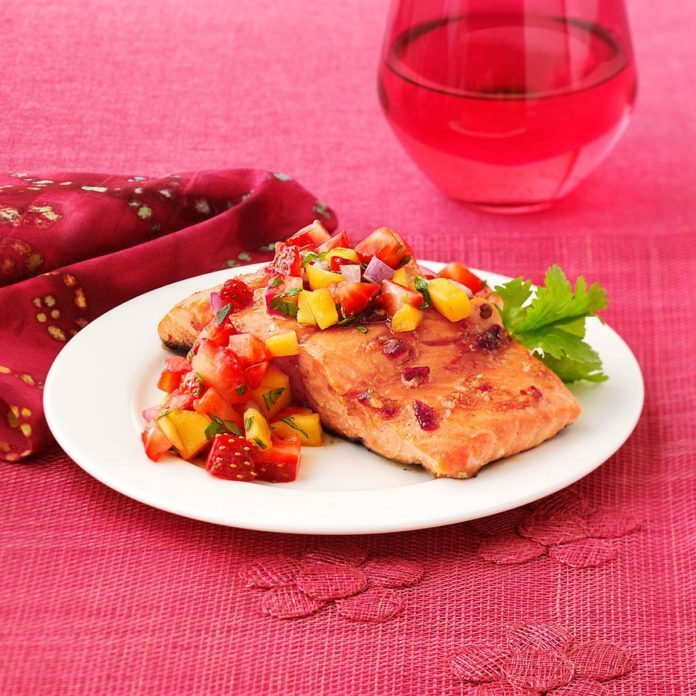 Chipotle Salmon with Strawberry Mango Salsa