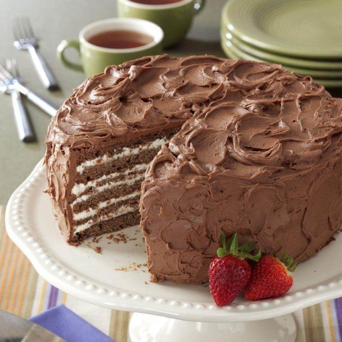 Chocolate/Whipping Cream Torte